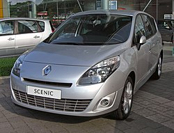 Renault Grand Scénic III 20090531 front.JPG