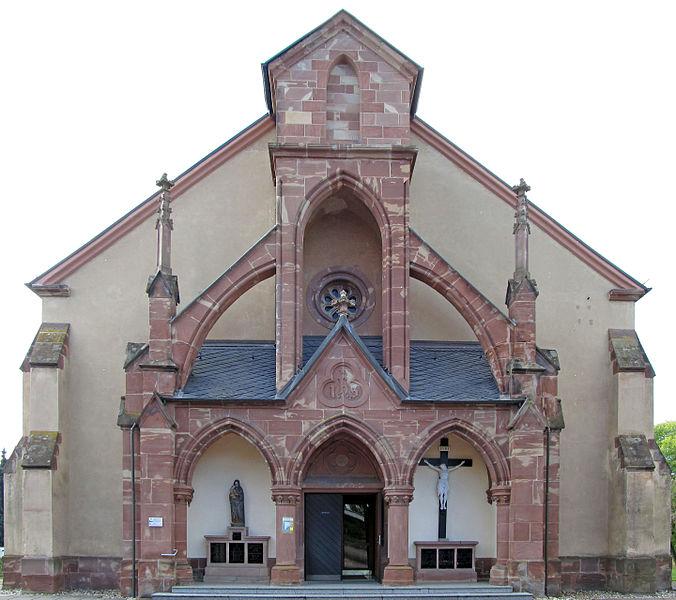 Portal der katholischen Pfarrkirche St. Walfridus in Rilchingen-Hanweiler, einem Ortsteil der Gemeinde Kleinblittersdorf, Regionalverband Saarbrücken