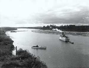 Harricana River - Log driving on the Harricana at Amos, circa 1916.