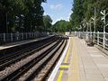 Roding Valley stn look west2.JPG