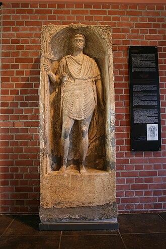 Bingen (Rhein) Hauptbahnhof - Epitaph of Annaius Daverzus in museum Römerhalle in Bad Kreuznach.