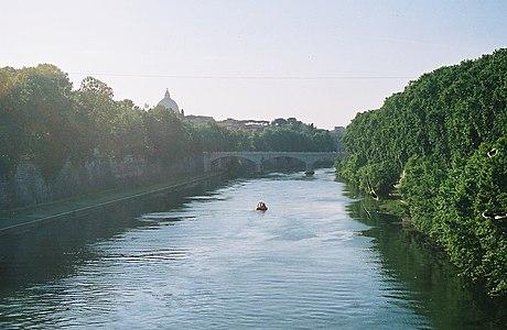 Roma-tevere.jpg