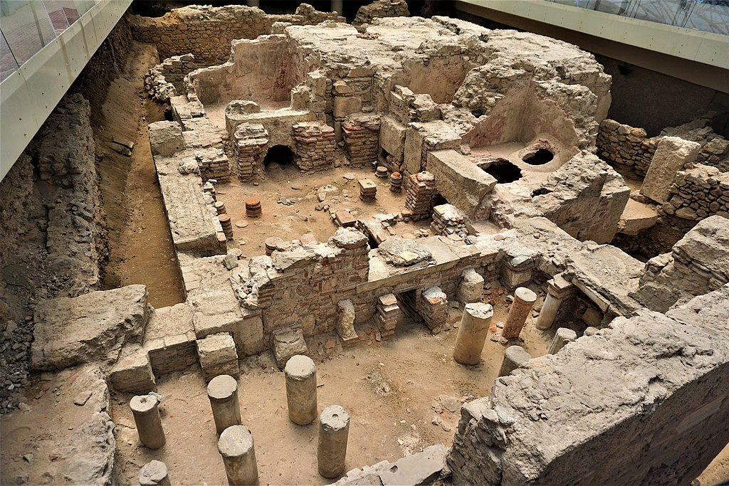 Roman Baths in Athens - Joy of Museum