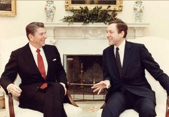 Orrin Hatch - Hatch with President Ronald Reagan