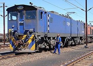 South African Class 7E3, Series 2 - Image: SAR Class 7E3 Series 2 E7299
