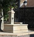 Saint-Hilaire-de-Brens - Fontaine.JPG