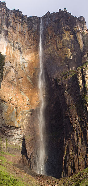پرونده:Salto angel.jpg