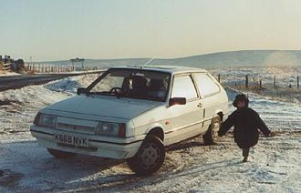Lada Samara - Samara 1500 hatchback (UK, Dec '92)