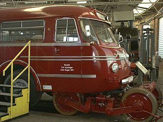 Road–rail vehicle - Schi-Stra-Bus