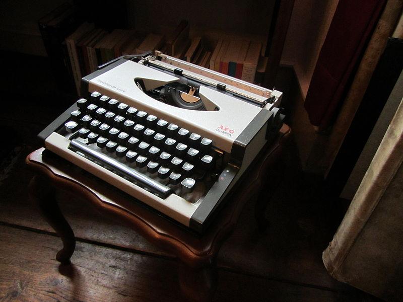 File:Schreibmaschine (Ernst Jünger) 2.jpg