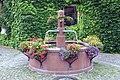 Schwarzach-Abtei-14-Brunnen-2005-gje.jpg