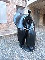 Sculpture de Jean-Louis Toutain à Auvillar.jpg