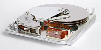 IBM 4300 - Image: Seagate ST33232A hard disk inner view