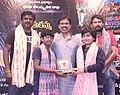 Sekhar Reddy Yerra felicitated by Mamidi Harikrishna.jpg