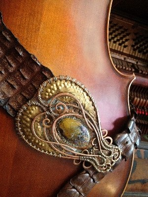 Kue King - Serpent Belt, wearable art belt, alligator leather, copper, brass, stone (2010)