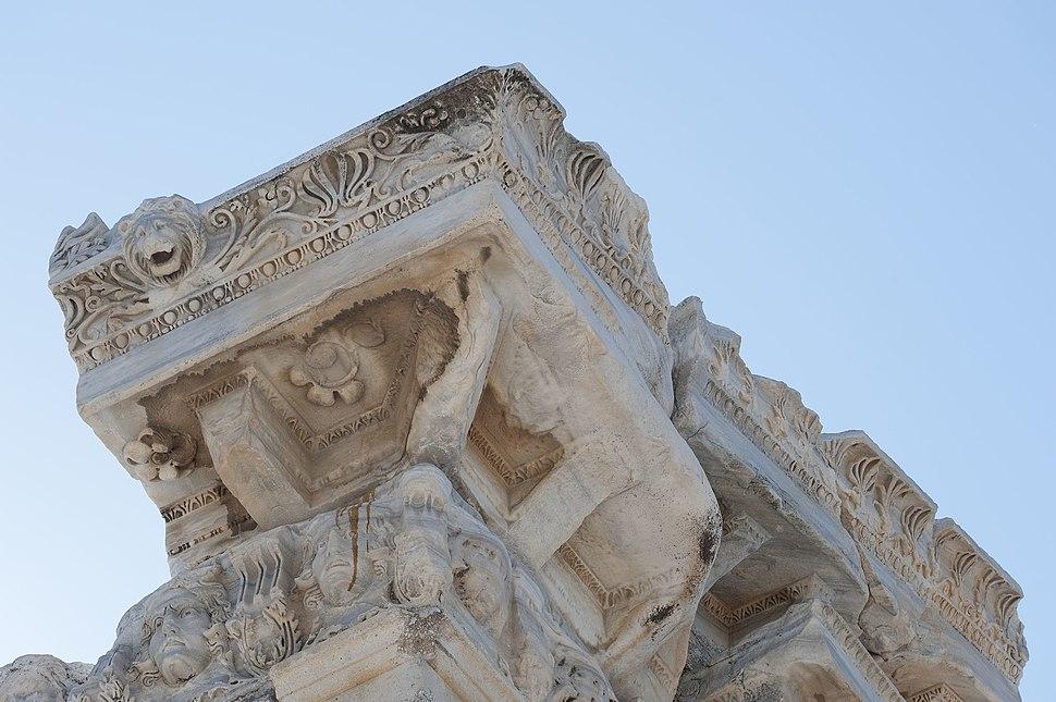 Side Apollo temple 4343