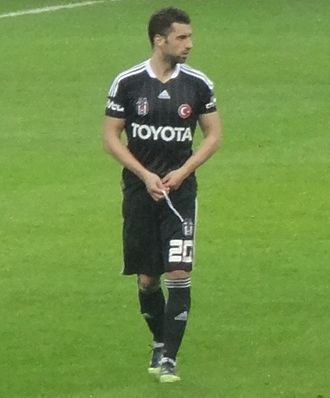 Simão Sabrosa - Simão playing for Beşiktaş in 2012