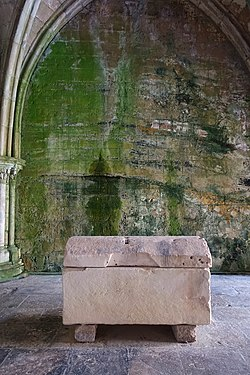 Sisnando Davides tomb - Sé Velha - Coimbra, Portugal - DSC09805.jpg