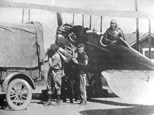 Dean Smith (pilot) - Smith delivering mail, Bellefonte Station