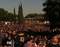 Solar eclipse 2005-crowds Madrid