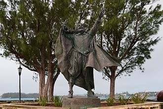 George Somers - Statue of Sir George Somers on Ordinance Island, St George Harbour