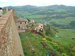 Sorrivoli-Rocca-panorama.JPG