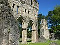 South transcept, Wenlock Priory.jpg