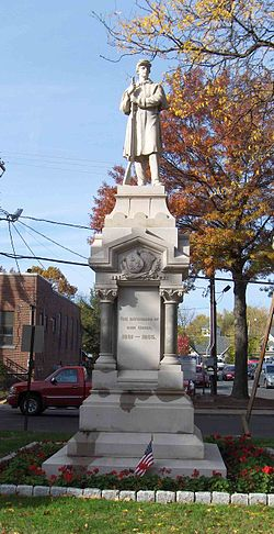 Southington Civil War monument.jpg