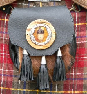 Kilt accessories - Sporran.