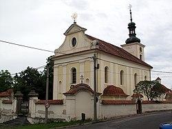 Středokluky, kostel.jpg