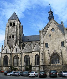 De Sint-Leonarduskerk (11 april 2005)
