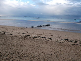 Saint-Malo - Beach at low tide in Saint-Malo