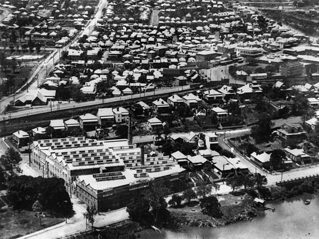 File statelibqld 1 114044 aerial view of petrie terrace for 242 petrie terrace brisbane