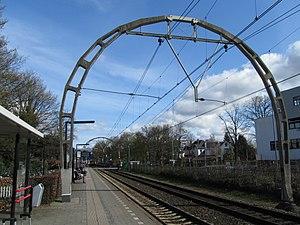 Station Hilversum Sportpark 2012 - panoramio.jpg