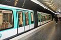 Station Métro Porte Dauphine Paris 2.jpg