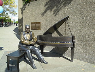 Oscar Peterson - Statue of Oscar Peterson was unveiled by Queen Elizabeth II at the National Arts Centre in Ottawa in June 2010.