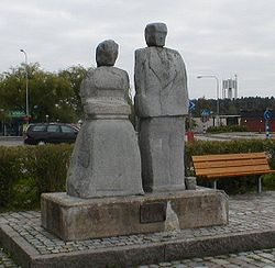 Sculpture in Central Stenhamra