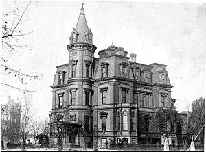 Stewart's Castle - Stewart's Castle