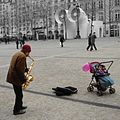 Street musician in Paris, March 4, 2006.jpg