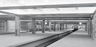 Retiro (Line C Buenos Aires Underground) - Image: Subterráneos de Buenos Aires Estación Retiro Vista de andenes CTCBA