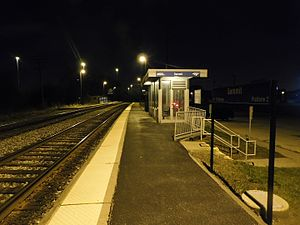 Summit Metra station - April 2016.jpg