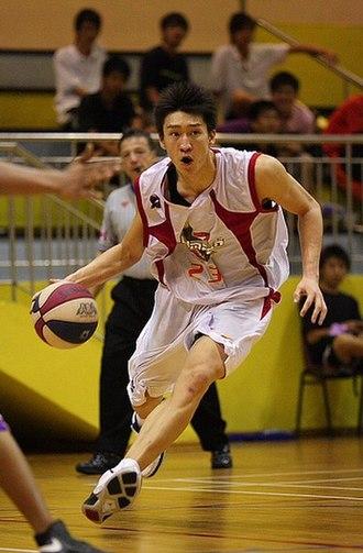 Sun Yue (basketball) - Image: Sun Yue with the Beijing Aoshen Olympians