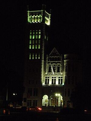 Syracuse City Hall - Image: Syracuse City Hall at night