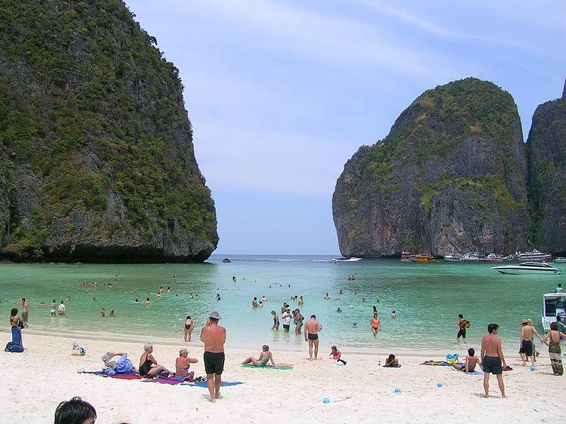 Image:TH Krabi - Phi Phi Island - Maya Bay.jpg - Wikimedia Commons :  island maya imageth krabi - phi phi island - maya bayjpg wikimedia