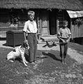 Tako hodijo z dihurjem po vasi in pobirajo jajca, Sever Anton in Bele Albin, Gorenje Vrhpolje- Stranj 1952.jpg