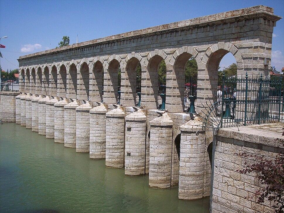 """Taşköprü (""""Stone Bridge""""), a historical regulator dam and bridge in Beyşehir."""