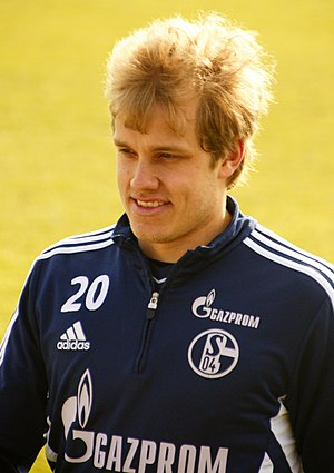 Teemu Pukki - Pukki training for FC Schalke 04 in 2013