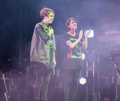 Picture of a band or musician: Tegan And Sara