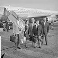 Terug uit Nieuw-Guinea, vlnr Jan Pruis, Willeke Alberti, Mieke Telkamp , Wil, Bestanddeelnr 914-3869.jpg