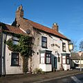 The Swan, Topcliffe - geograph.org.uk - 1154792.jpg